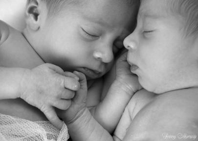 Twinsou twinny mummy