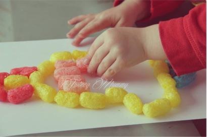 activité créative enfant pâques playmais cloche